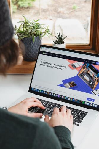 shopify webshop